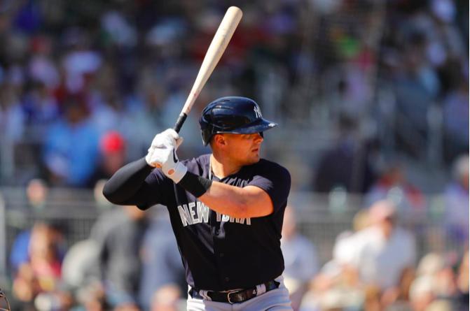 Luke Voit's bat will pick up ailing Yankeesoffense